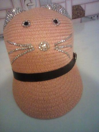 Шапочка- кепка на девочку