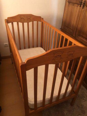 Berço de Bebé com colchão