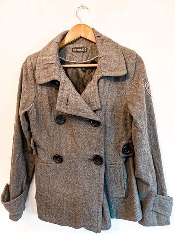 Vários Sobretudos (casacos)