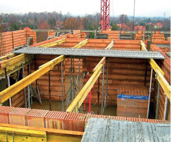 Stemple budowlane Poznań wynajem doka dźwigary sztyce