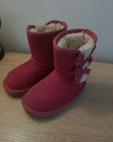 Oryginalne buty zimowe Koolaburra by UGG 23