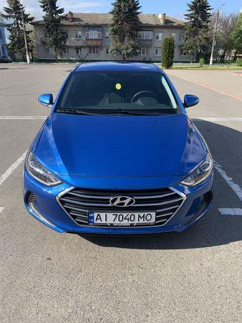 Hyundai Elantra Ad 2018