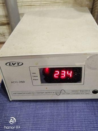 Автоматичний електричний регулятор напруги АСН-250