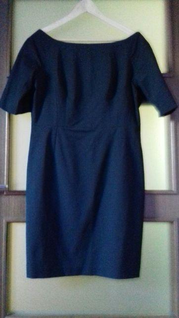 Sukienka czarna 44