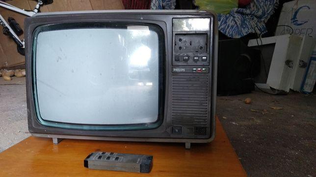 TV vintage 35cm a cores (2x)