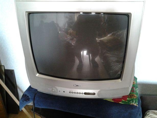 Телевизор LG RT-20CA70M