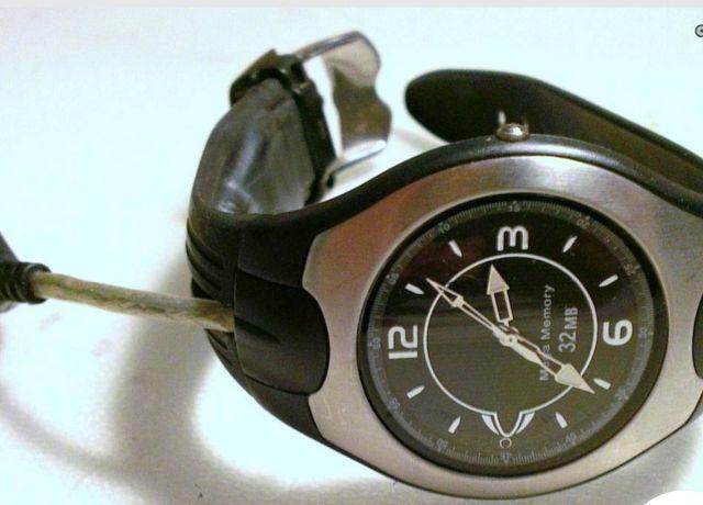 "Gadget: Relógio c/""pen"" USB"