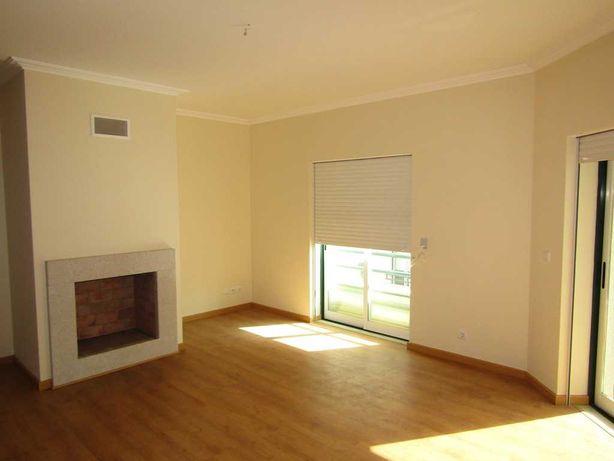 Apartamento T3 Novo 160 m2 com Garagem e sótão