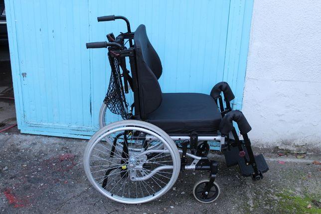 Wózek inwalidzki dla niepełnosprawnych