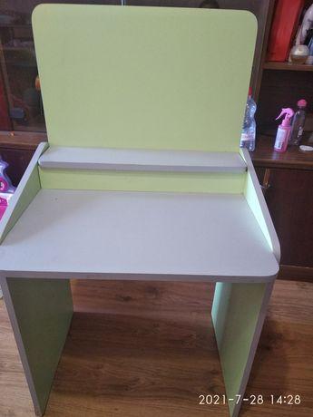 Дитячий столик-парта