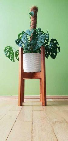 Stojak drewniany na kwiaty rośliny