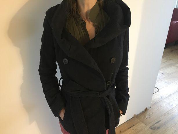 Damski płaszcz zimowy ZARA