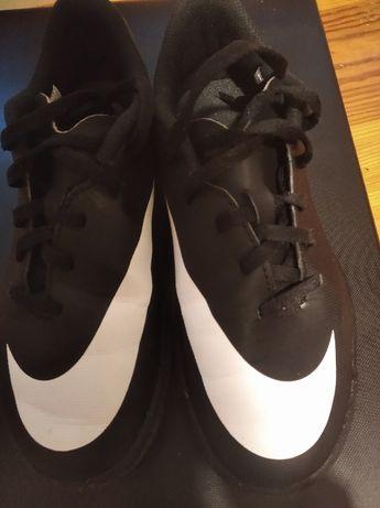 Buty sportowe turfy Nike