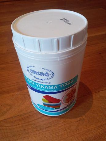 Бесфосфатный стиральный порошок для цветных вещей