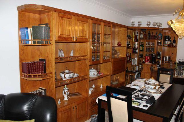 Móvel Bar Em Pinho