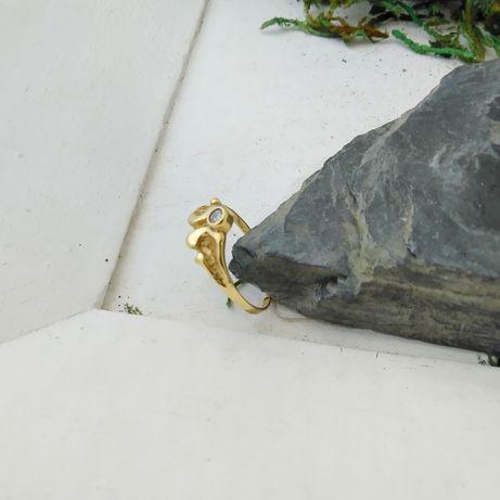 Złoty pierścionek z cyrkonią,  złoto 333