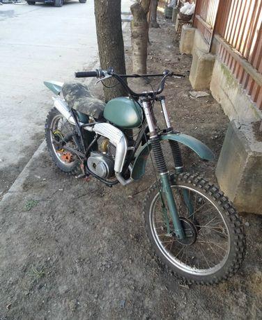Продам мотоцикл 125сс
