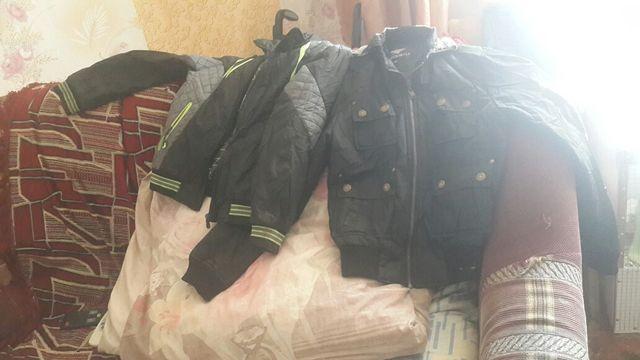 Куртки на мальчика и рубашки