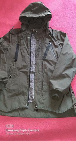 Куртка вітровка  осінь