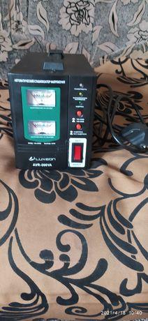 Продам автоматический стабилизатор напряжения