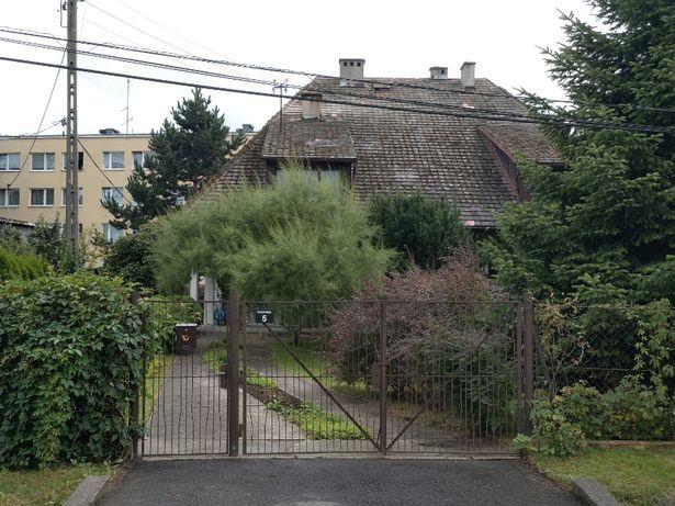 Sprzedam dom dwurodzinny (117+174)292m