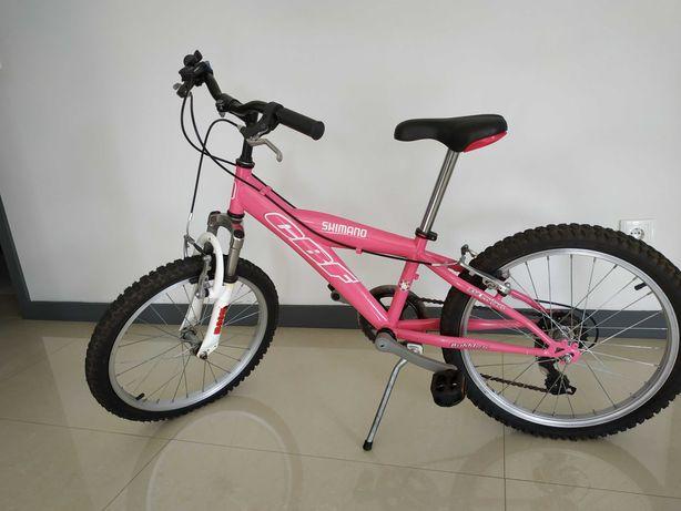 Bicicleta de menina roda 20