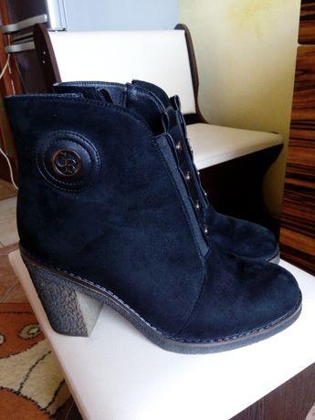 Ботинки сапоги почти новые