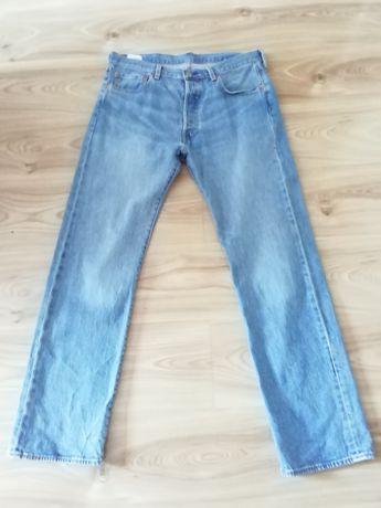 Sprzedam spodnie jeansowe LEVIS 501