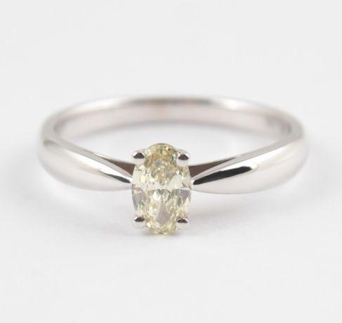Распродажа! Кольцо золотое с бриллиантом красивого желтого оттенка огр