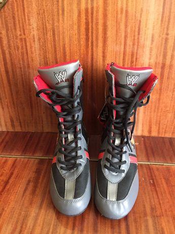 Сапоги-ботинки необычного дизайна р-р 34, стелька 22 см.