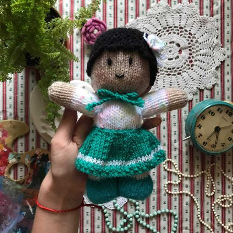 Вязаная кукла пупс ручная работа в стиле ретро винтаж
