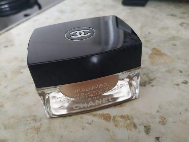 Тональний крем Chanel
