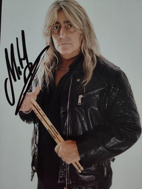 Автограф Микки Ди. Барабанщика легендарных Motorhead.