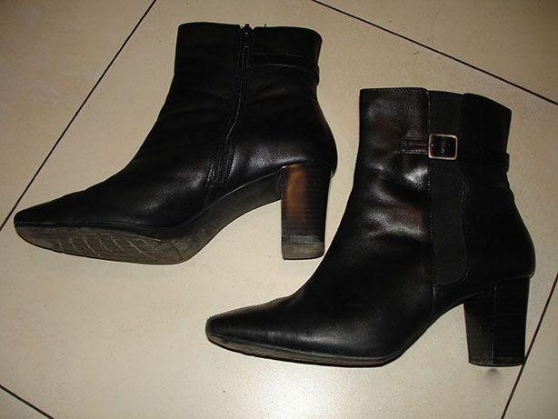 Чоботи туфлі