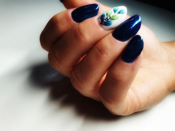 Paznokcie żelowe, manicure hybrydowy