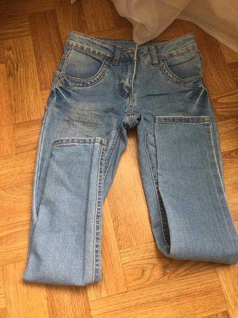 Продам джинси на 11 років