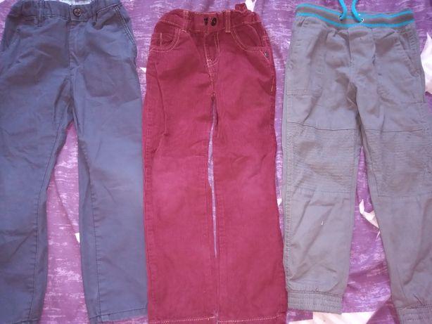 Spodnie dla chłopca w rozm 110