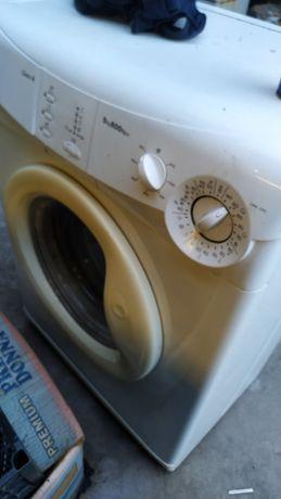 Машинка стиральная Candy