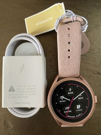 Смарт-часы Michael Kors MK2590