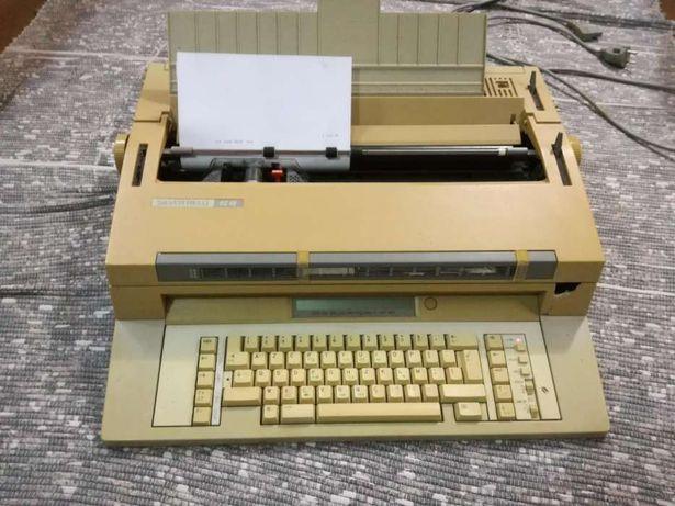 Máquina de escrever eléctrica