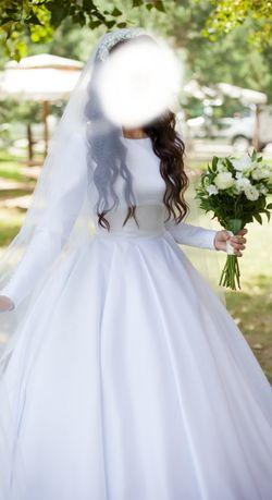 Весільна сукня 9500