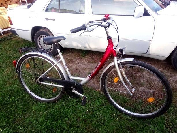 Niemiecki rower damski,alu rama,4 biegi,koła 28 cali