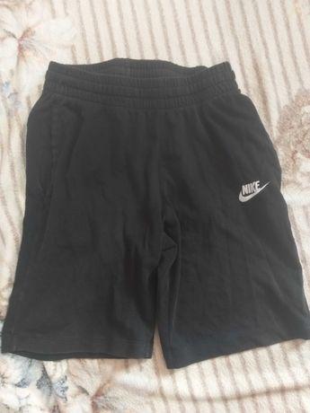 Krótkie spodenki Nike 137-147 cm
