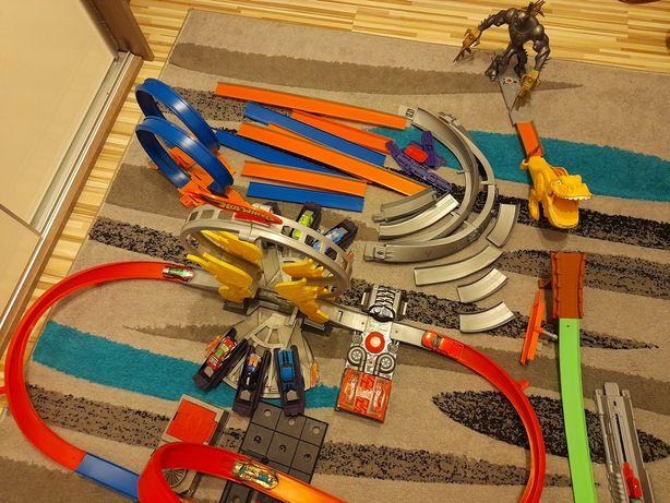 Hotwheels elementy kilku zestawów