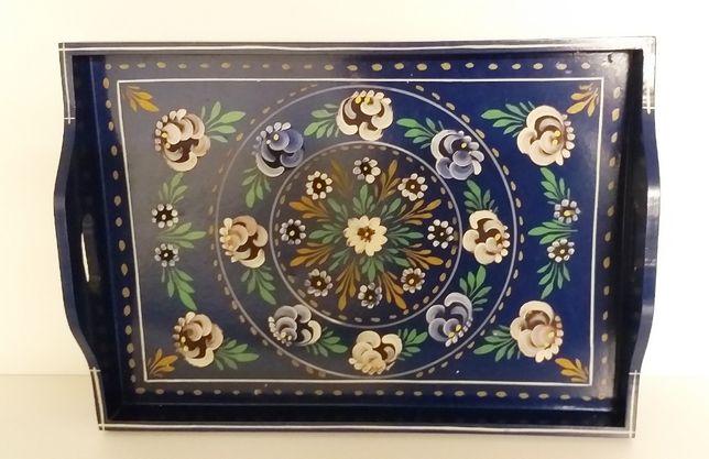 Tabuleiro de Estremoz pintado à mão