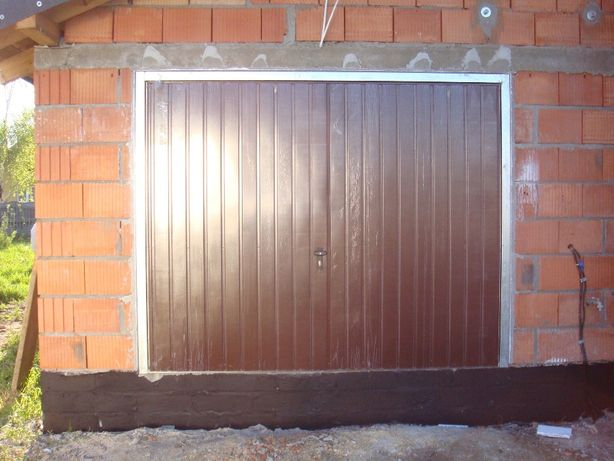 Brama uchylna 250x220 brąz RAL 8017 Dostawa Gratis cała Polska