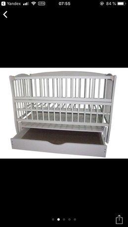 Продам детскую кроватку на шарнирах с закрытым ящиком