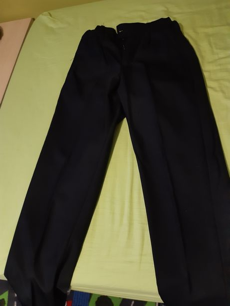 Spodnie z kantem eleganckie