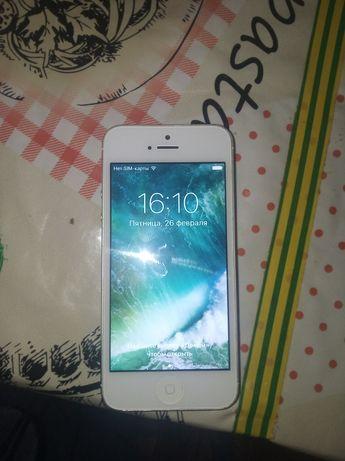 Продам iPhone 5 в робочем состоянии