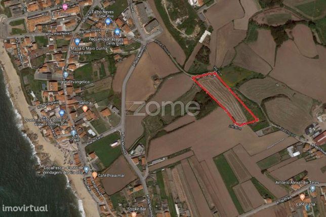 Terreno Urbanizável com 5290 M2 perto da praia Vila Chã